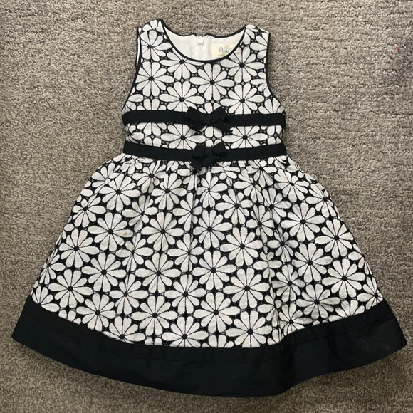 🥰 2/$20 The Children's Place Party Dress